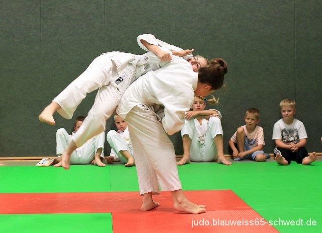 Judokas-Schwedt-Guertelpruefung (24)