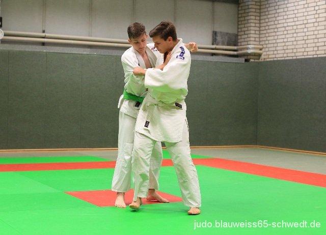 Judokas-Schwedt-Guertelpruefung (58)