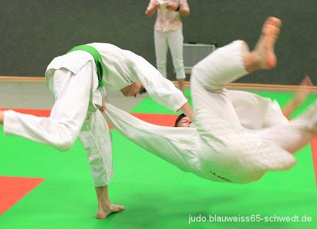 Judokas-Schwedt-Guertelpruefung (60)
