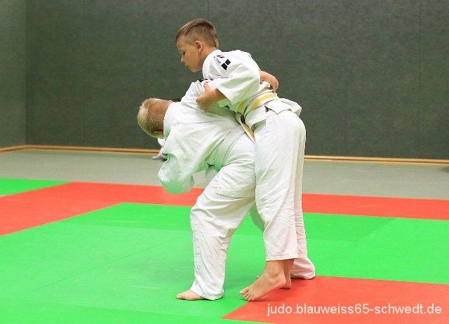 Judokas-Schwedt-Guertelpruefung (9)